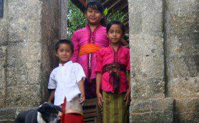 Überall auf der Welt wollen Kinder gern fotografiert werden!