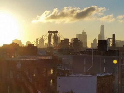 Blick auf die Williamsburg Bridge in Brooklyn