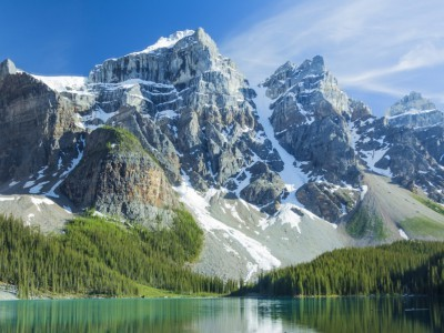 Für alle, die die Höhe lieben: Berge, Vulkane und schneebedeckte Pisten. Das Ticket der Extreme führt dich über das Himalaya Gebirge zu den Gletschern Neuseelands und Vulkanen Hawaiis & Islands!