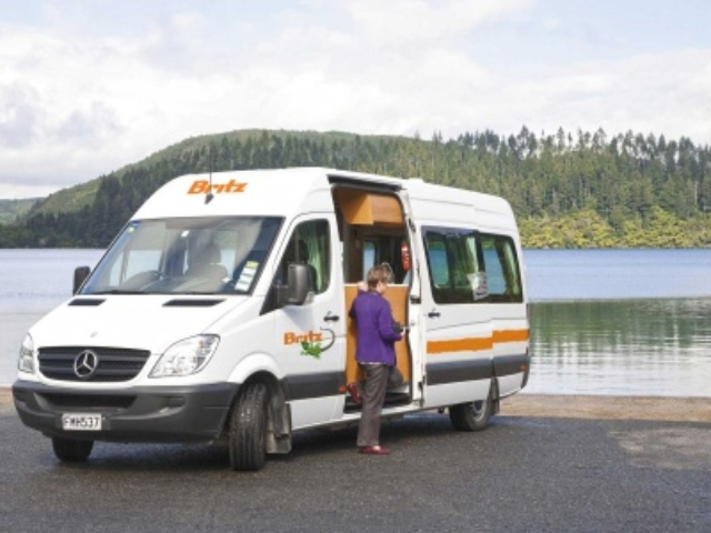 Britz Venturer Plus Camper